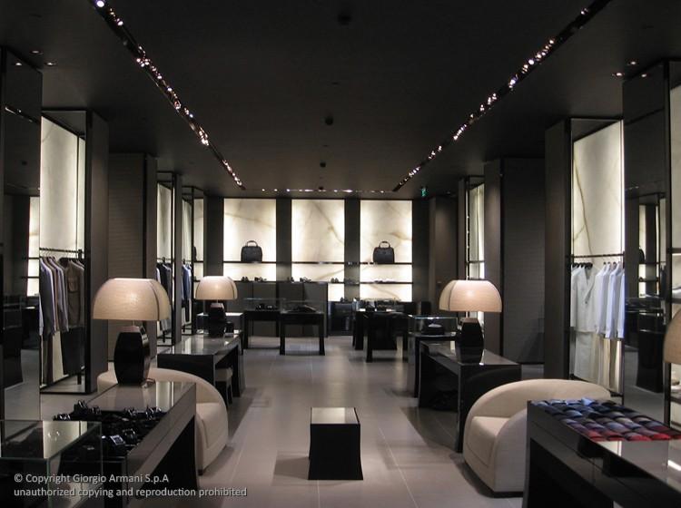 Nicola zema architetto design to improve shop experience for Ufficio architetto design